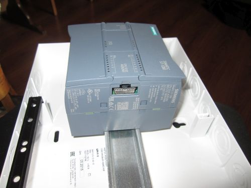 Монтаж контроллера S7 1200 на DIN рейку